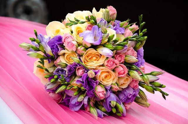 flowers-609165_640